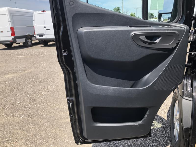 New 2019 Mercedes-Benz S V C Sprinter V6 2500 Cargo 170 Ext